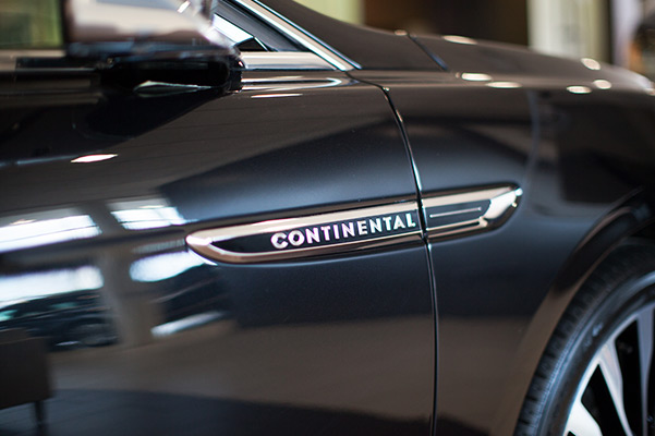 2020 LINCOLN CONTINENTAL COACH DOOR EDITION BADGE