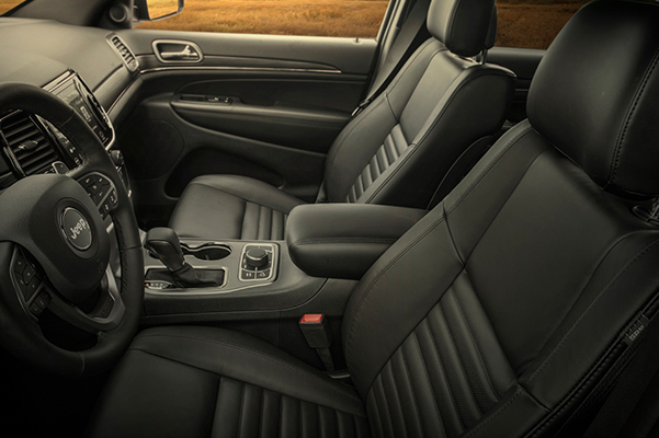2020 Jeep Grand Cherokee Interior & Technology