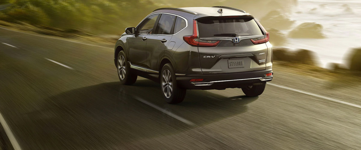 Honda Cr-v driving away